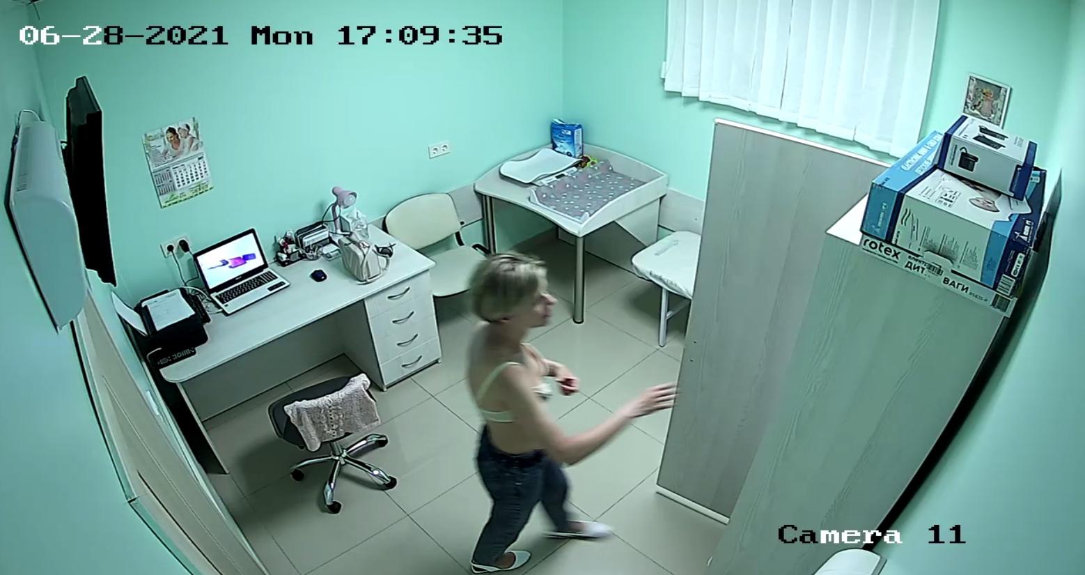 strapon-na-skrituyu-kameru